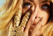 Makeup - Gold bronze / by Diana Ionescu