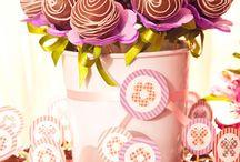 Cake pop, Pirulitos e Maçãs decorados.