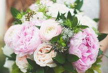 Wedding Party Flowers / Bouquets Inspiration