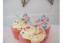 Jubilee Cupcakes / by Fancy Fondant Cakes by Emily Lindley