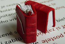 Good Look with Book / Mini knižkové náušnice