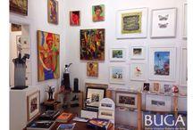 Galeria BUGA Espacio Santiago / Tras siete años de una exitosa labor de difusión del arte chileno contemporáneo desde Valparaíso, la galería de arte Bahía Utópica abrió un nuevo espacio destinado a la exhibición de pintura, escultura, grabado, gráfica y fotografía, ubicado esta vez en el corazón del Barrio Lastarria, en Santiago.