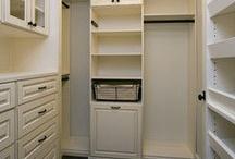 Built-in Bookshelves / by Marsha Mood
