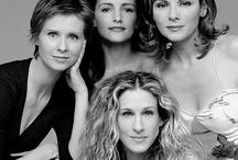 Miranda Hobbes, Charlotte York Goldenblatt, Samantha Jones and Carrie Bradshaw / Aka Cynthia Nixon, Kristin Davis, Kim Cattrall and Sarah Jessica Parker. (SEX AND THE CITY)