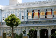 Rajmahal Palace / Rajmahal Palace is one of the finest heritage hotels on Jaipur-Kota Highway. It is located 170 Km far from Jaipur.