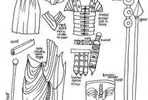 romeinse uitrusting / Een uitrusting van een Romeinse keizer of soldaat  Tip: wees voorzichtig als je knipt het is best dun.