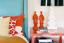 Split complimentary colour scheme