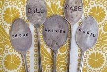 HOME // Gardening / by bakingmakesthingsbetter.com
