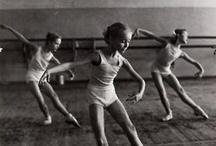danse / fellini / by momo D