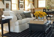 HOME DECOR: FRONT ROOM / by Maggie Smiley