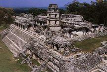 Copán / Een Mayastad in Midden-Amerika.