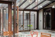 Private House O. / Un vecchio casale contadino ristrutturato in stile moderno e industriale.