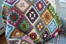 Crochet / by Ghofran Alnajadat
