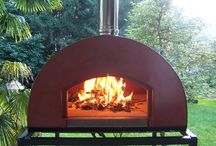 Portable #woodfiredoven ZioCiro 60x60 / #SubitoPronto or #SubitoCotto #ZioCiro #woodfiredoven 60x60 it's a fair balance between the convenience of being a #woodoven and a #portable #fire surface of important dimensions where you can cook up to three #pizzas at once. #Pizza #Pizzaoven #Pizzaovens