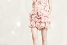 Dresses I Like / by Sarah Nelson