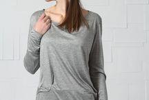 AMANDINE LEFORESTIER AUTOMNE HIVER 16 / Le dessin au bout de la main, une proximité presque corporelle, c'est ce médium qui conduit Amandine Leforestier à étudier les arts appliqués. Diplômée en design de mode en 2002, elle travaille le textile comme matière d'exploration, un lien entre le corps et le vêtement. Après dix années en tant que styliste au sein de plusieurs enseignes, Amandine Leforestier crée sa marque éponyme: une ligne haut de gamme pour femme. Ses collections en maille se dessinent avec une authentique simplicité.