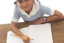 Kaksikielisyys / Kaksikielisten lasten kasvatukseen liittyviä artikkeleja ja sivuja Raising bilingual children