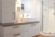 Adel bathroom