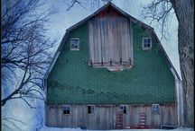 BARNS!!!!! / by Mary Talton