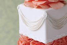 Cake decorating / by Kelly Craig