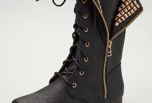 Shoes / by Brittney Benigno
