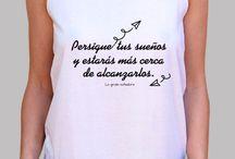 """""""La grulla soñadora"""" / Camisetas, sudaderas y otros productos con mensaje."""