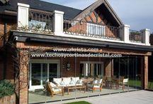Cerramientos de terrazas / Akrista: Proyectos de cerramientos de terrazas, porches, pérgolas, balcones y áticos con techos y cortinas de cristal