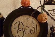 It's a Ghost! / I'm feeling a little Halloween-y!!!!! / by Beth@ThatOneMom