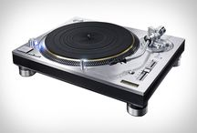 Turntables and tonearms