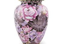 Cremation Urns / Cremation urns come in all different sizes, shapes, themes, patterns, and all levels of simplicity and elegance.