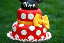 mickey  minnie cakes