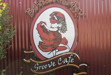 Bohemain Groove Cafe KaapseHoop / Vibey Restaurant and Art gallery situated in the picturesque village of Kaapsehoop, 27 km from Nelspruit in Mpumalanga. Wild horses roam free in the surrounding pine forests and on the hills