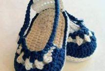 Gorros y zapatos bebe