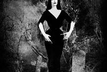 Damas oscuras del cine y la televisión / Dark ladies