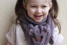 knitting / by Araceli Lama Albala