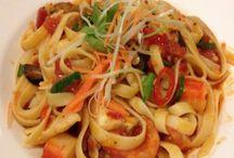 Les 10 plus beaux plat de fettucini aux fruits de mer / La Délicieuse Découverte de la semaine est au restaurant Tuscanos, il s'agit de fettucini aux fruits de mer  mais voyez ce qui est proposé de par le monde!