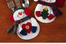 Cubierteros y centros de mesa navideños