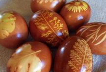 Easter Eggs / Easter eggs of all shapes and sizes! / by Craftster