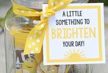 Fun Cheer Up Gift Ideas / Looking for a way to brighten someone's day? These fun cheer up gifts are perfect to make someone smile.