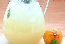 Sucos e aguas aromatizadas