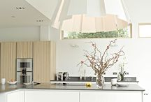 White Home / Crisp and fresh or soft and dreamy, white is such a classic colourway for any interior scheme.