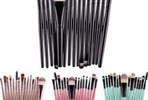 Beleza / Maquiagem, produtos para pele, acessórios, cuidados com as unhas...