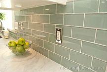Casas de banho com azulheijo branco