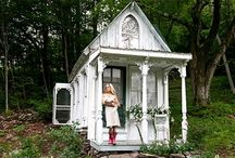 Small Houses / by Helena Arneson