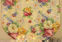 Crazy For Chintz / by Laura Ronspiez