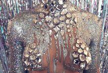 Glitter body contouring photoshoot