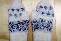winterliche Accessoires / handgstrickte Schals von Knitteltante
