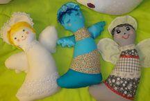 Mine - Targul de Comori Calatoare - 20-21 dec 2014 / handmade pillows and bracelets