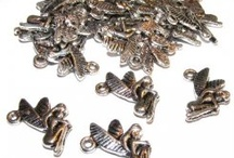 Jewellery Making / Beads, findings and other components for creating your own jewellery