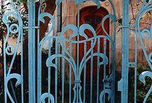 GARDEN DOOR ART